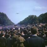 22-Descente des Champs Elysées-26 août 44